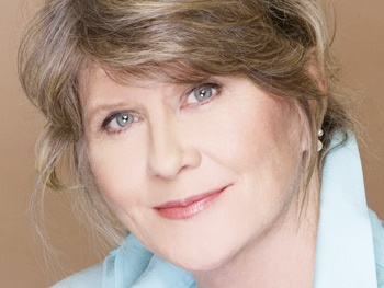 Judith Ivey Joins Jessica Chastain in The Heiress; Revival Sets Dates at Walter Kerr Theatre