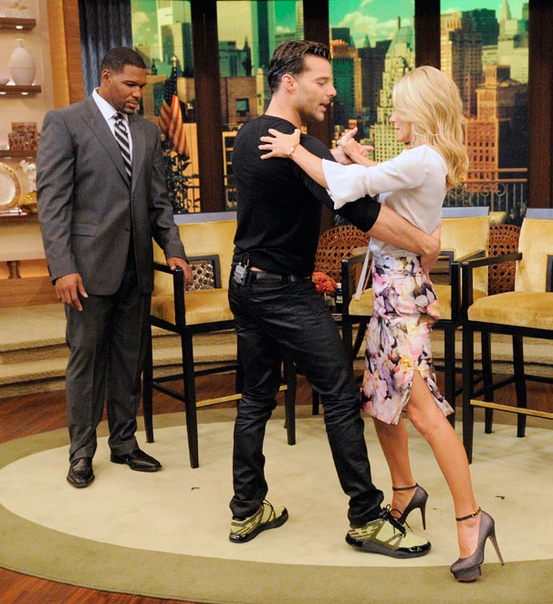 Evita Star Ricky Martin Gives Kelly Ripa a Tango Tutorial on Live