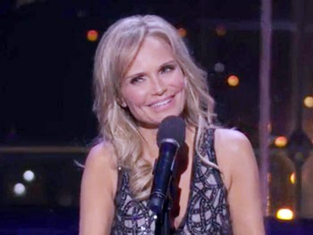 Watch Kristin Chenoweth Belt Out Like a Broadway Dame in Her Lincoln Center Concert