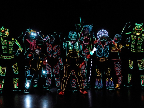 Tickets on Sale for Glow in the Dark Dance Extravaganza iLuminate: Artist of Light