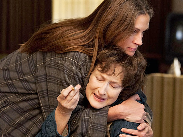 August: Osage County Star Julia Roberts on Attacking Meryl Streep: 'It Had to Be Done'