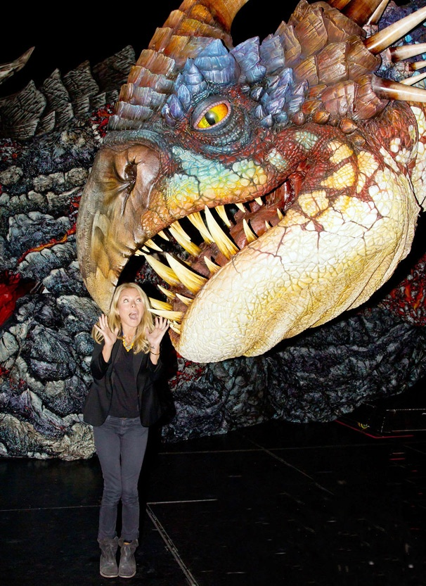 Kelly Ripa Makes a Fire-Breathing Friend at How to Train Your Dragon Live Spectacular