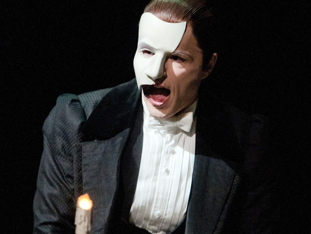 Peter Joback Dons the Mask! The Swedish Recording Star Begins Performances in The Phantom of the Opera