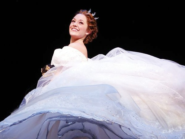 Its Possible! Cinderella Star Laura Osnes Is Broadway.coms Newest Video Blogger