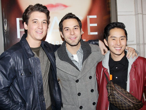Skylar Astin Returns to Broadway! See the 21 and Over Star Check Out The Other Place