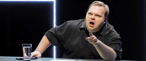 Off-Broadway Previews Begin for Mike Daisey's The Agony and the Ecstasy of Steve Jobs