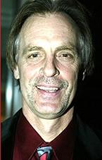 Keith Carradine to Replace Jonathan Pryce in Scoundrels
