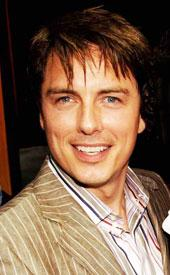 John Barrowman Drag John barrowman to return toJohn Barrowman Drag