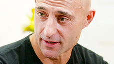 Mark Strong on His Punk Rock Past, Meeting Arthur Miller & Winning Acclaim in <I>A View From the Bridge</I>