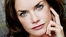 Ruth Wilson Tapped to Star Opposite Jake Gyllenhaal in <i>Constellations</i> on Broadway