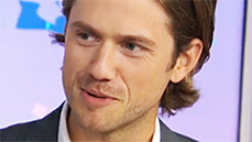 Watch Olivia Newton-John Give Aaron Tveit Chills