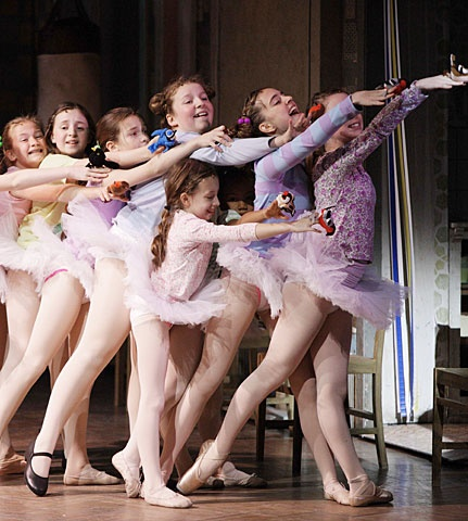 Billy Elliot - Show Photo - ballet girls