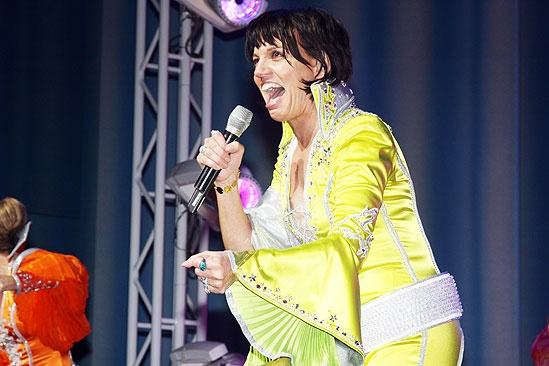 Beth Leavel debut in Mamma Mia – Beth Leavel