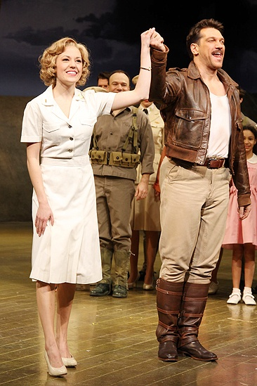 Laura Osnes South Pacific Return – Laura Osnes – Paulo Szot (curtain call)