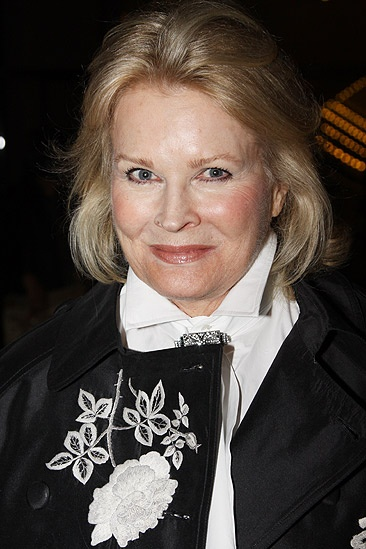 Come Fly Away opening – Candice Bergen