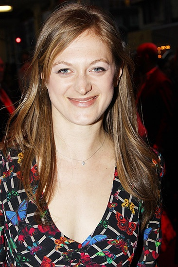 Red opening – Marin Ireland