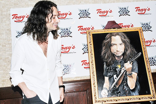 Constantine Maroulis at Tony&#39;s DiNapoli  Constantine Maroulis