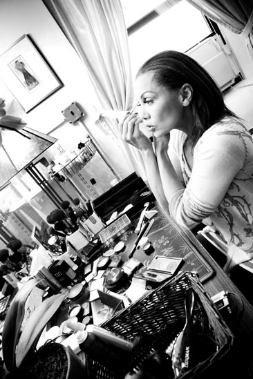 Sondheim on Sondheim Backstage – Vanessa Williams – black and white