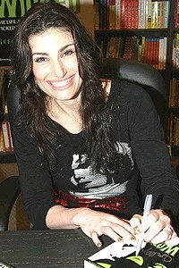 Wicked at Borders - Idina Menzel