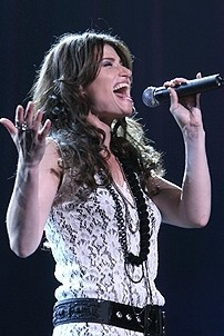 Photo Op - Idina Menzel at Madison Square Garden - Idina Menzel 3