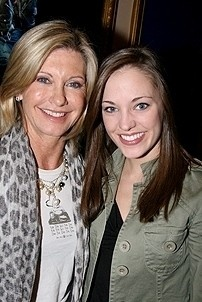 Photo Op - Olivia Newton-John at Grease - Olivia Newton-John - Laura Osnes