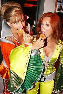 Mamma Mia Surpases Hello Dolly - Carolee Carmello - Judy McLane (eating)