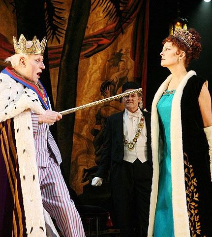 Exit the King - Show Photos - Geoffrey Rush - Susan Sarandon