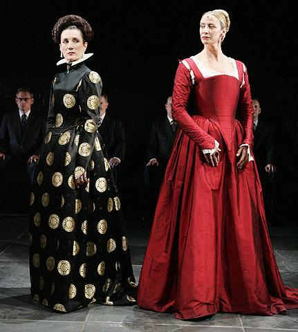 Mary Stuart - Show Photo - Harriet Walter - Janet McTeer