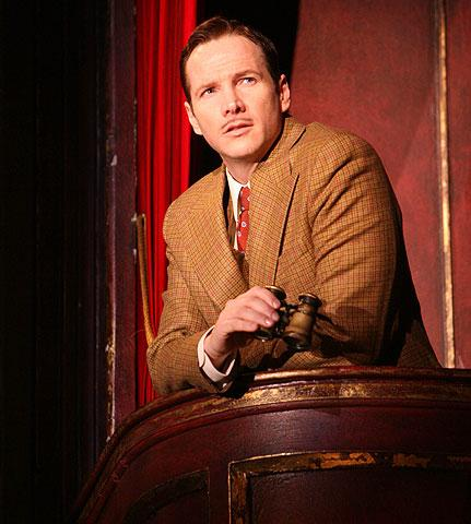 The 39 Steps - Show Photo - Sean Mahon