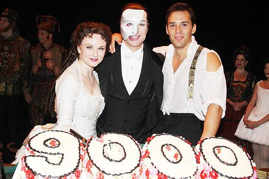 Phantom 9000 performance – Jennifer Hope Wills – Ryan Silverman – John Cudia