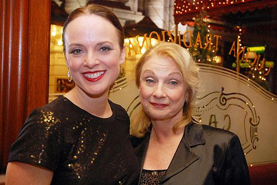 White Christmas Opening 2009 – Melissa Errico – mother