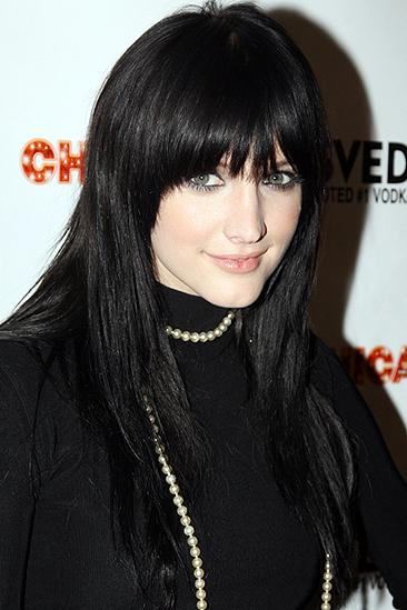 Ashlee Simpson Chicago opening – Ashlee Simpson (herself)