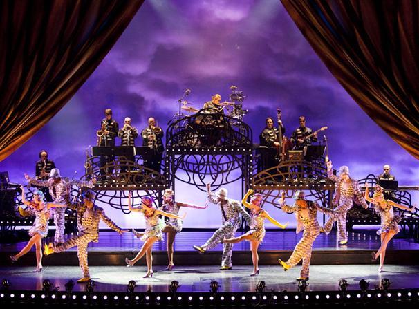 Show Photos - Cirque du Soleil's Banana Shpeel - cast 2