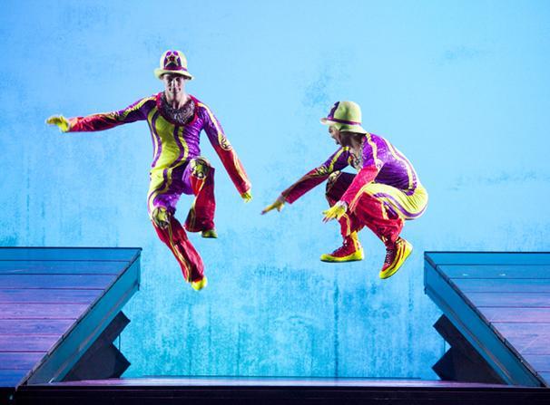 Show Photos - Cirque du Soleil's Banana Shpeel - cast 3