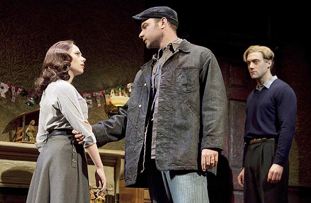 A View from the Bridge - Show Photos - Scarlett Johansson - Liev Schreiber - Morgan Spector