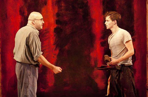 Red - show photos - Alfred Molina - Eddie Redmayne