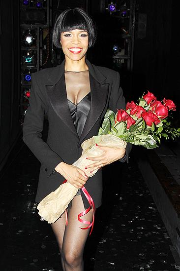Michelle Williams opens in Chicago  Michelle Williams as Roxie Hart