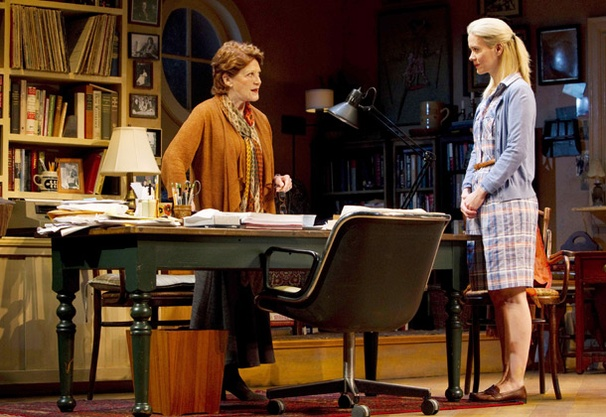 Show Photos - Collected Stories - Linda Lavin - Sarah Paulson (4)