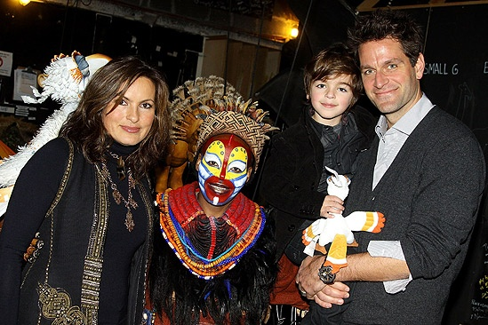 Mariska Hargitay at The Lion King  Mariska Hargitay  Tshidi Manye  August Hermann  Peter Hermann