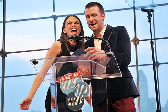 2011 Audience Choice Awards Ceremony – Sutton Foster – Gavin Creel (Wicked)