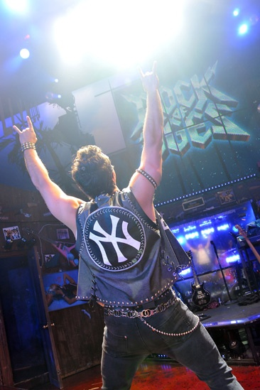 Rock of Ages  Mark Teixeira Cameo  Mark Teixeira