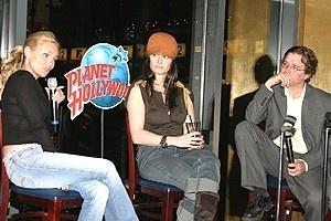 Kristin & Idina at Winterfest - Kristin Chenoweth - Idina Menzel - Jesse McKinley