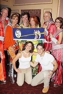 Mamma Mia Surpases Hello Dolly - Ben Livingston - Judy McLane - Christopher Shyer - Carolee Carmello - Michael Pemberton - Heidi Godt - Andy Kelso - Carrie Manolakos