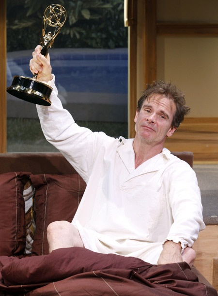 Show Photos - It Must Be Him - Peter Scolari