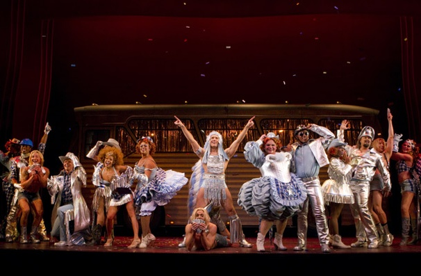 Show Photos - Priscilla Queen of the Desert - cast 