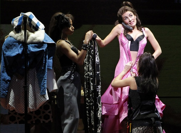 Show Photos - Women on the Verge of a Nervous Breakdown - Laura Benanti