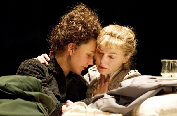 Show Photos - Three Sisters - Maggie Gyllenhaal - Juliet Rylance