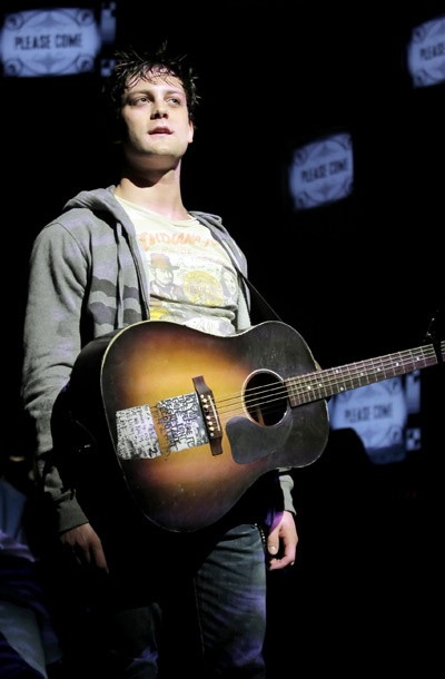 Show Photos - American Idiot - Van Hughes