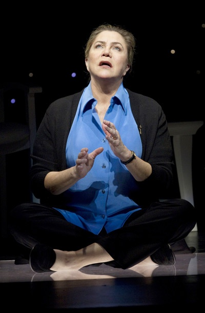 Show Photos - High - Kathleen Turner