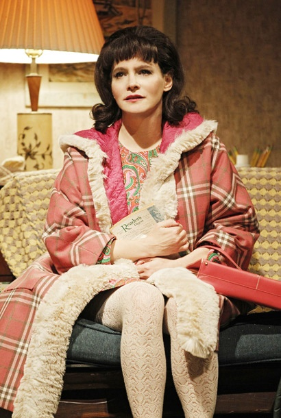 Show Photos - The House of Blue Leaves - Jennifer Jason Leigh
